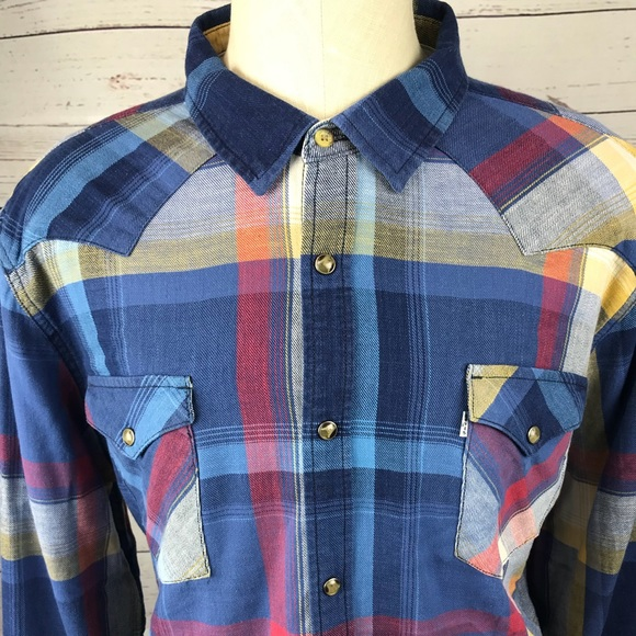2a376015cb26 Levi s Other - Levi Strauss men s XXL Plaid pearl snap flannel